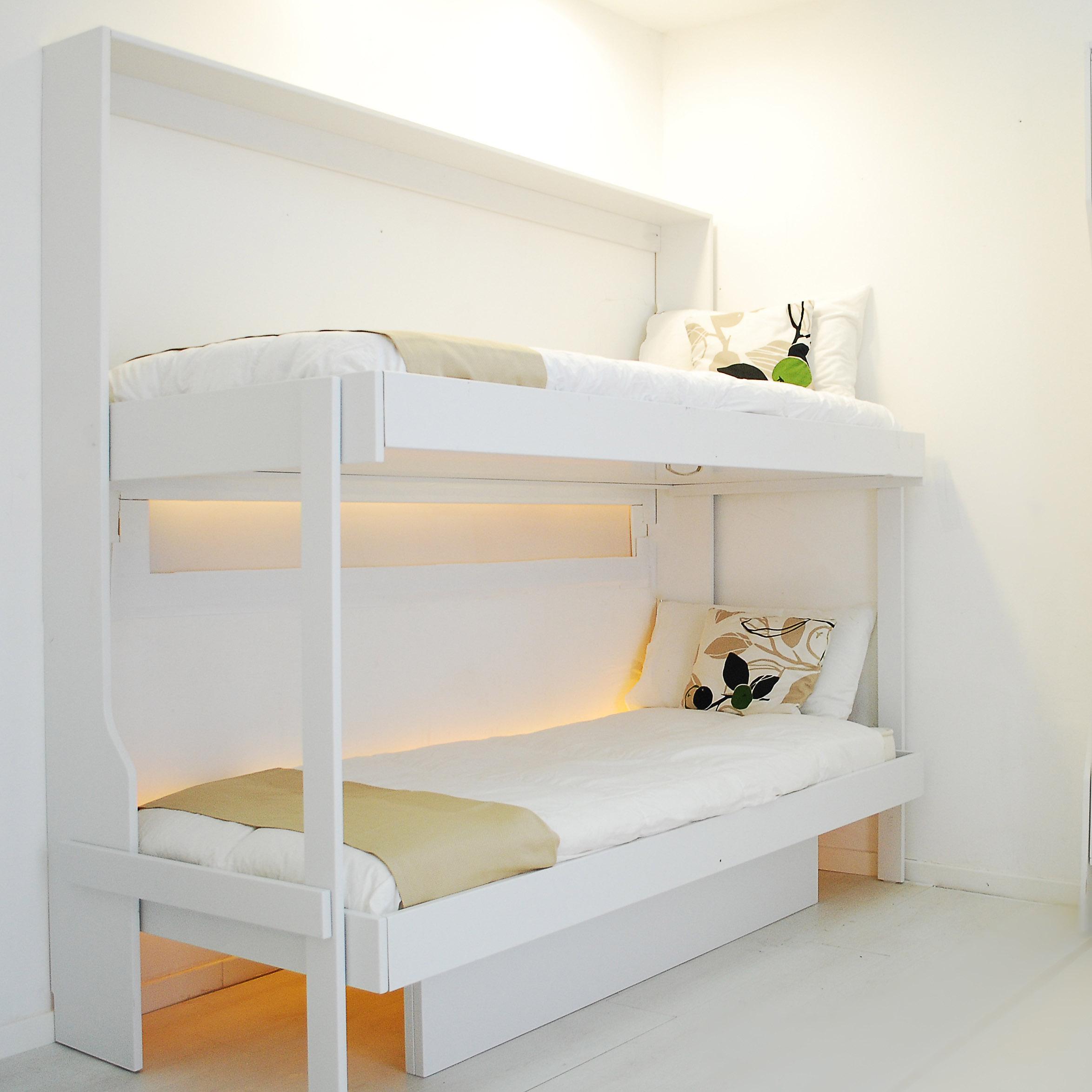 Letto a scomparsa a castello consolle doppia bed for Ikea letto ribaltabile
