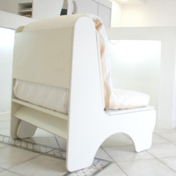 dettaglio dello schienale della poltrona letto