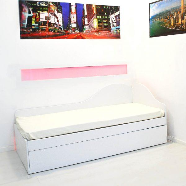 divano letto estraibile con letto matrimoniale estraibile, vista divano letto