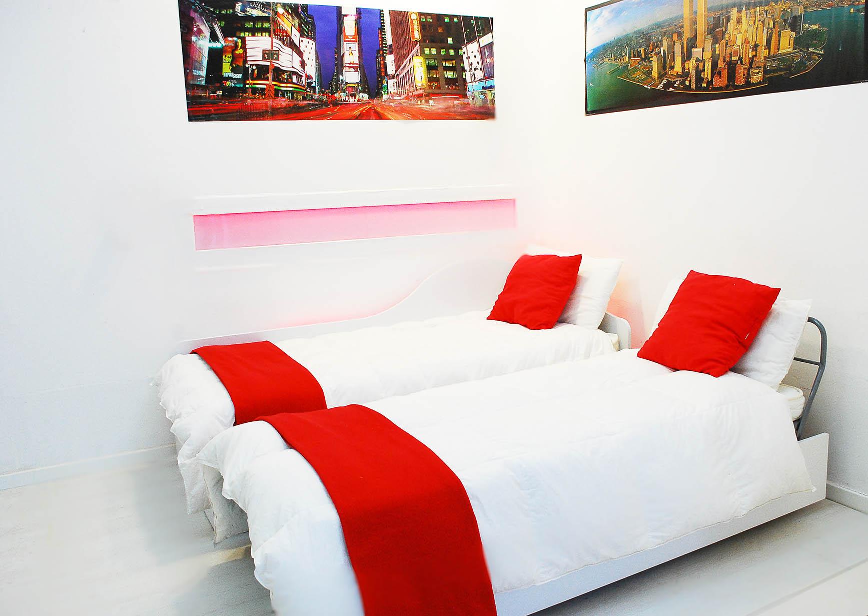 Divano letto estraibile matrimoniale dormeuse bed - Divano letto con due letti singoli ...