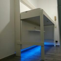 E' possibile  aprire soltanto il letto superiore, e utilizzare lo spazio sottostante come si preferisce