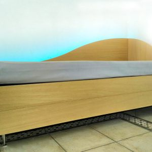 Divano Letto a castello New Dormeuse Bed retroilluminata a LED sulla tonalità blu