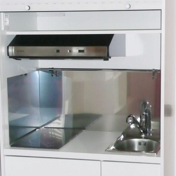 Cucine armadio per case vacanza vivilospazio mobili for Mobili salvaspazio